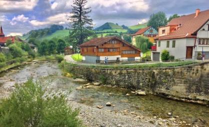 appenzell.coretan-gadogado.com